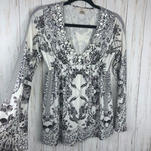 Boston Proper white and gray embellished blouse